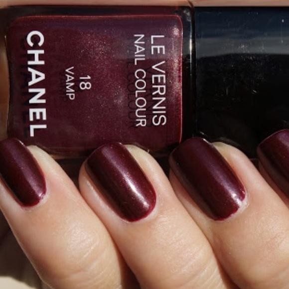 CHANEL Makeup | Le Vernis | Poshmark